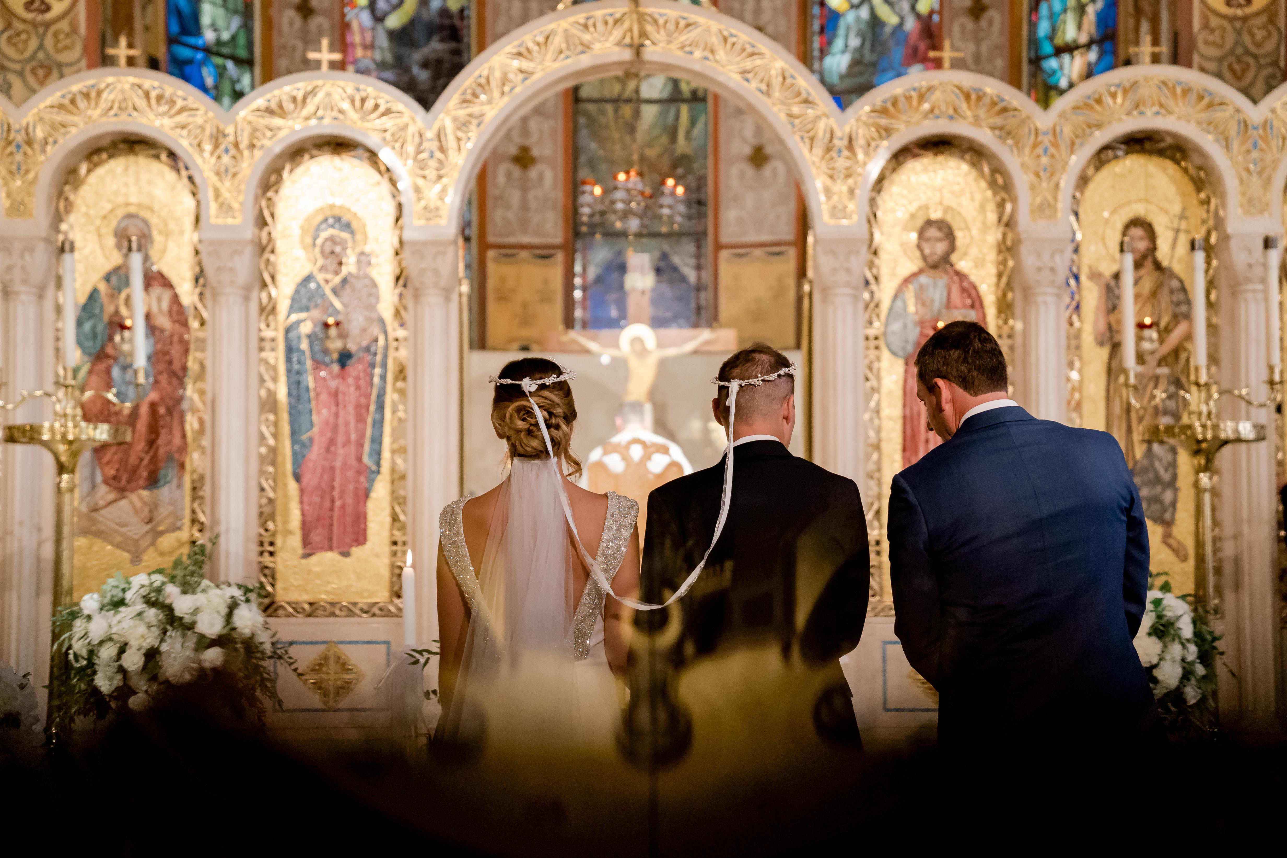 6 Essential Christian Wedding Traditions