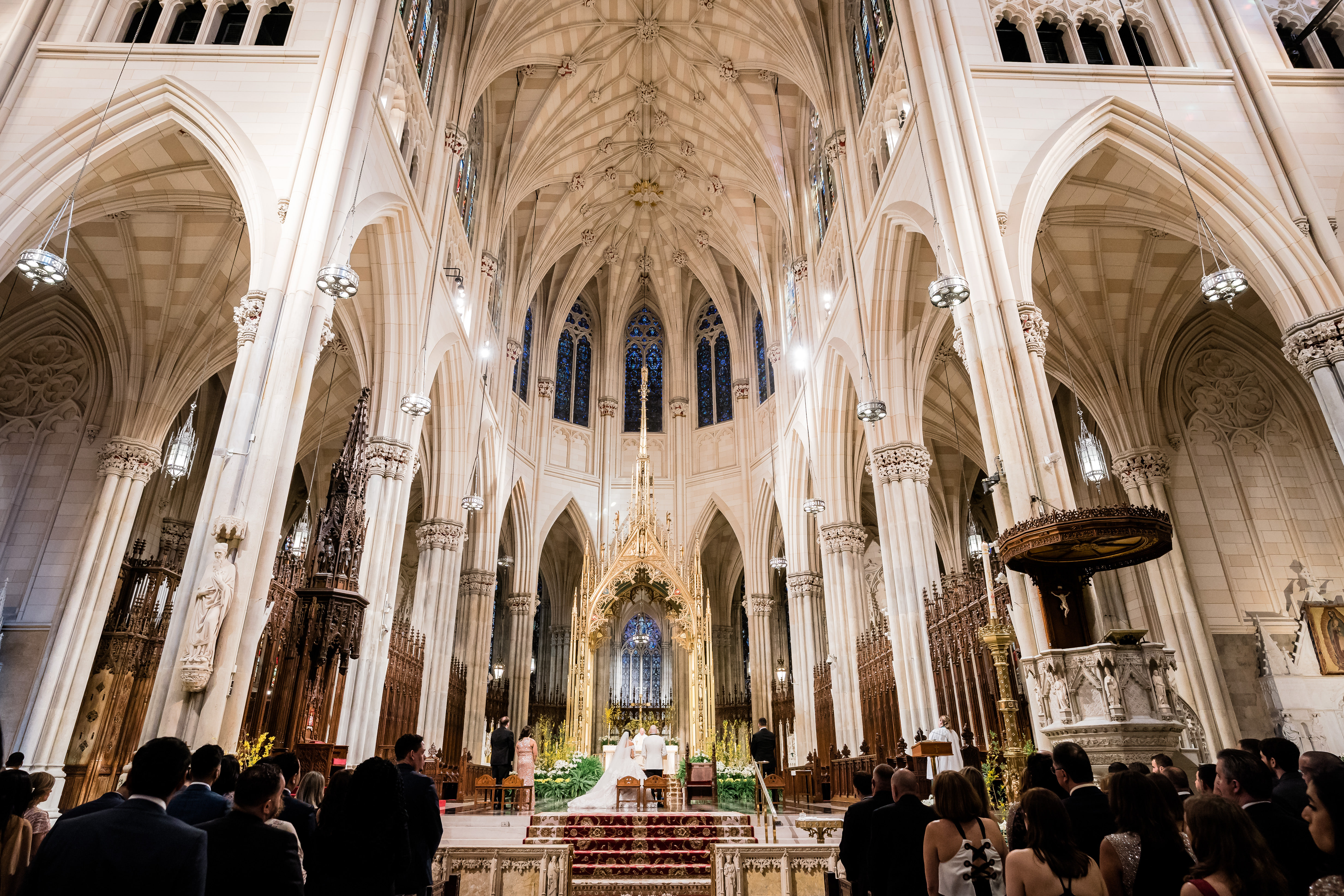 A St. Patrick's Cathedral Wedding in Spring