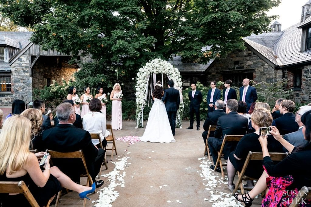 ceremony starting at blue hill stone barns