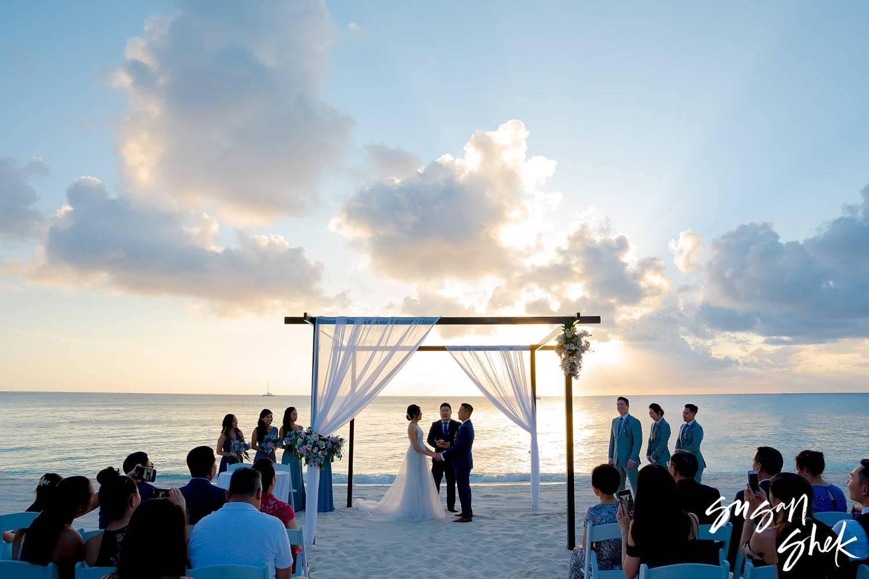 Destination wedding at the Grand Cayman Ritz Carlton