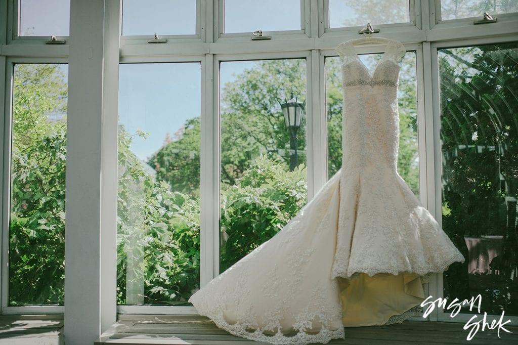 wedding dress, wedding dress preservation